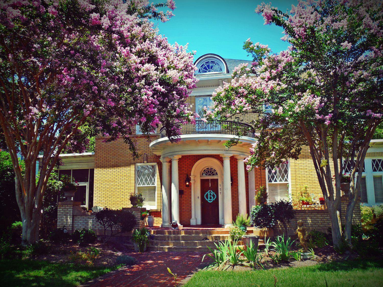 Karen Kahn Homes