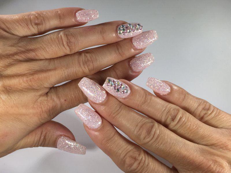 Nail Designs - NINA\'S BEAUTY BOUTIQUE