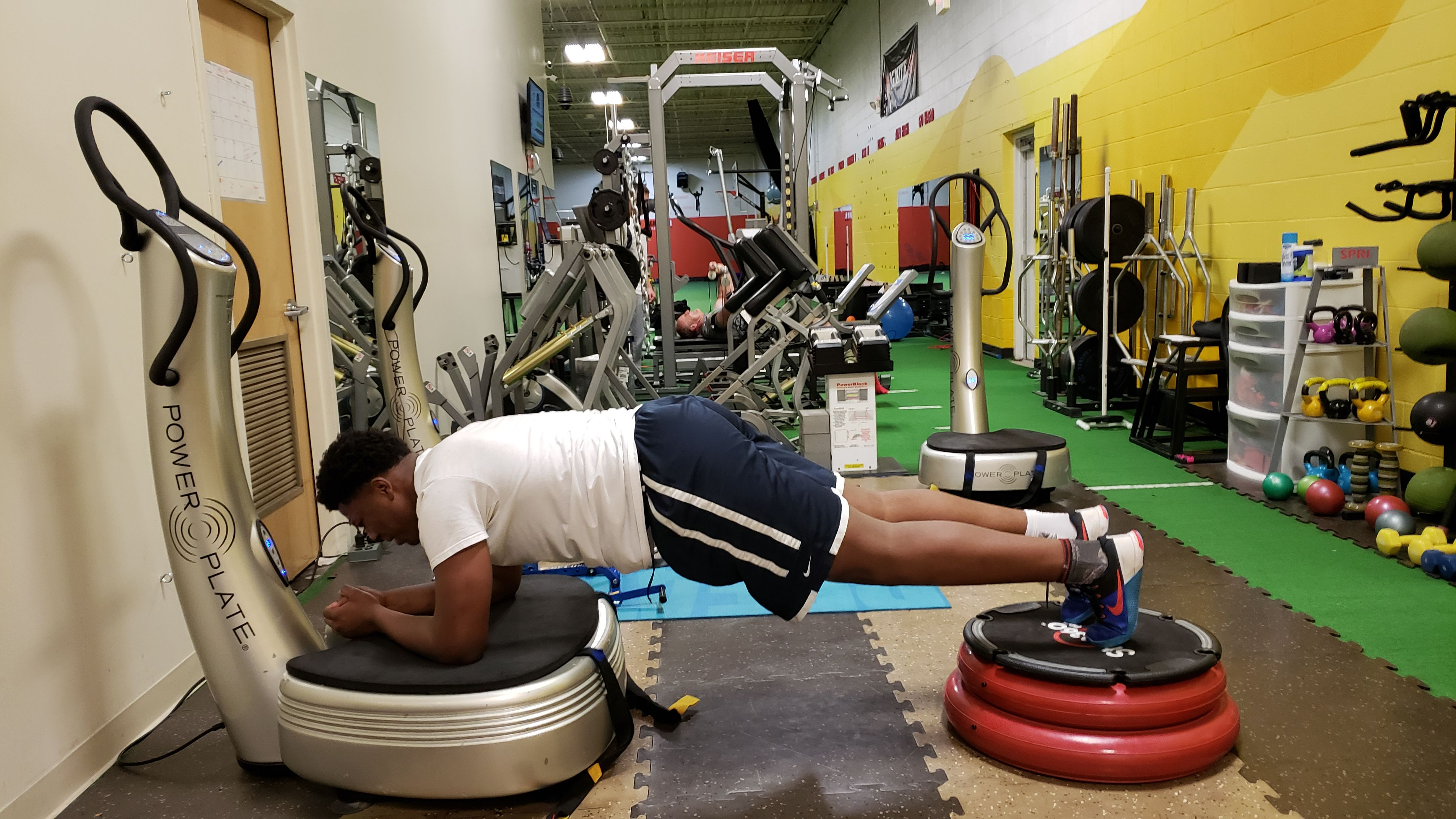 Sport Power Plate Vibration Training - Higher Level Athletic