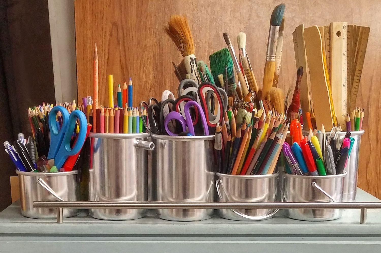 art supplies brushes rulers scissors